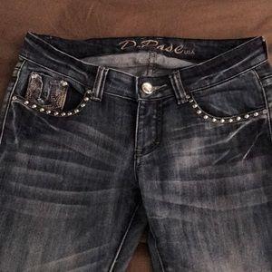 Denim - Size 9 D.Rose jeans ... like new